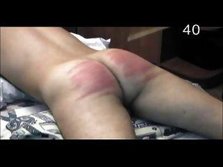 punição nua: caning severo