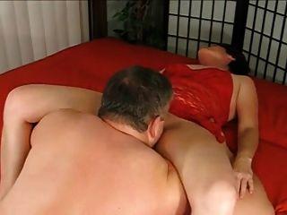 o vovô dá à vó uma creampie e a lambe ao orgasmo ja