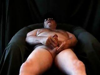 empurrão de urso carnudo