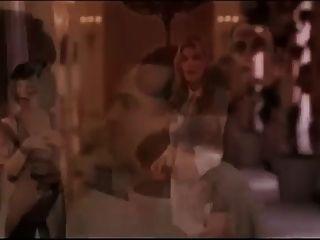atriz com axilas peludas 05