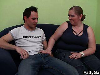 sexo gostoso com um bicho lusty que o anseia