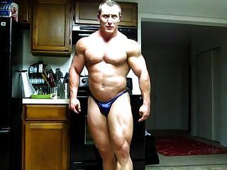 str8 bodybuilder flexionação maciça