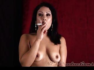 Fumando fetiche dragginladies compilação 4 hd 720