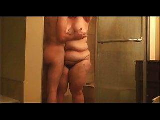 Bbw carnudo seca depois de tomar banho
