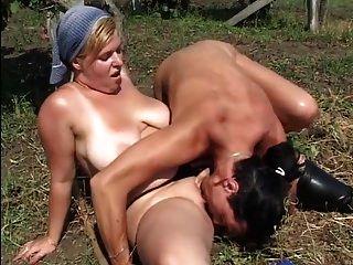 pintinho chubby sexy sendo fodido na fazenda ttt