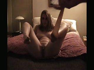 mulher bonita provocando calças e sexo