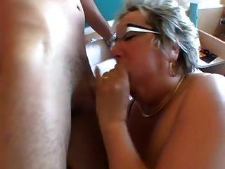 Granny grande é anal