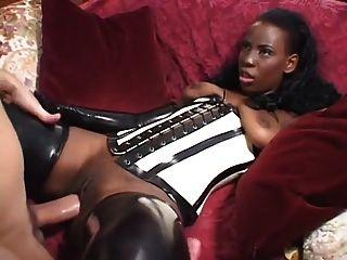 branqueado: milf negro foda grande galo branco bwc ebony