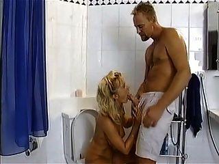 cenas de urina favoritas diana stramka aka kaiser # 2