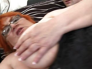 granny ssbbw fodido por jovem garoto