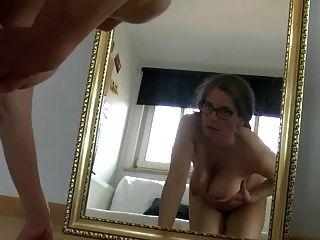 tina busty o espelho (sc, por favor não exclua)
