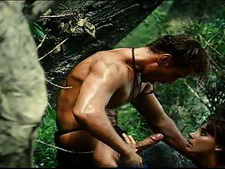 Tarzan atende jane