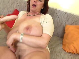 mãe de bomba sexual madura com mamas grandes ssbbw