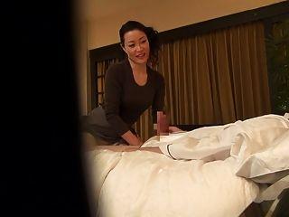 sedução de terapeuta de massagem japonês milinhável de titulação em hd