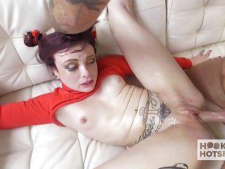 chloe adolescente bonito conhece um cara em um site de namoro