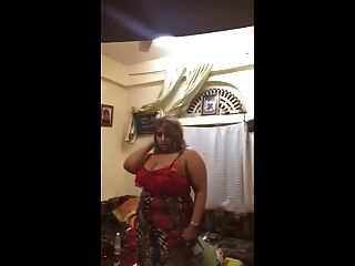 árabe sexy saudi milf dance
