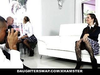 daughterswap naughty school girls fodido pelo pai velho