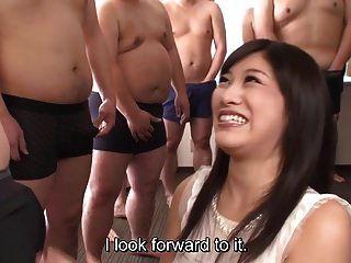 subtitulado cfnm japonês gokkun festa com miki sunohara