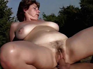mamas grandes ao sol ...