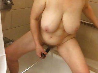60+ masturbação de mamãe grande mitsubishi by marierocks