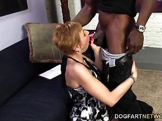 hot cougar gemma mais ofertas sexo anal para homem negro