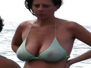 Milf grande melharuco natural na praia