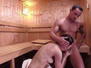 relaxada sauna sauna vaporosa e facial com bebê eslovaco