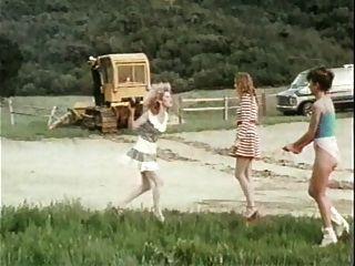 meninas ruins 2 (1983)