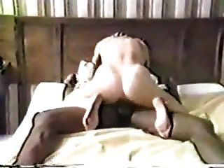 É assim que você foda uma buceta branca molhada como o marido parece.