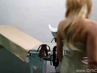 exame loiro na cadeira de gyno