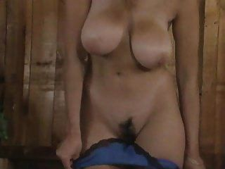Fisting e masturbação de um bichano peludo