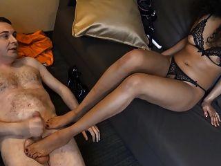 luckyrose007 chuta as bolas de andrea dipre após o sexo