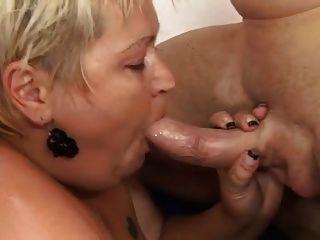 Granny gorda com cobra peluda