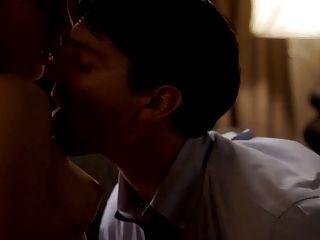 Rose mciver nude boobs em mestres da série do sexo