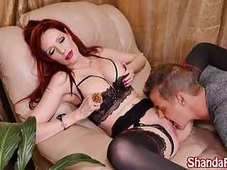 Shanda Fay tem o seu caminho faz com que você coma sua buceta e seu feio!