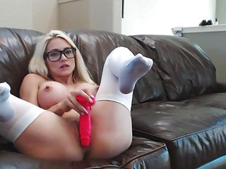 blonde webcam diosa 22 buttplug schoolgirl squirts