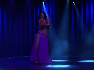 curvy muslim arab belly dancer