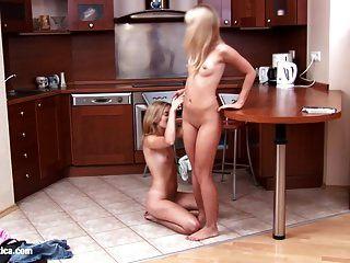 sexo lesbiano apaixonado com janet e karin em sapphic