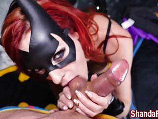 batgirl shada fay recebe creampie anal em batcave!