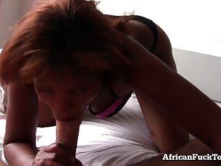 sexo matutino com uma verdadeira menina africana!