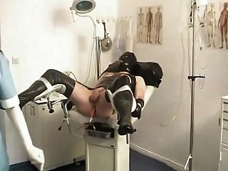 enfermeira e escrava