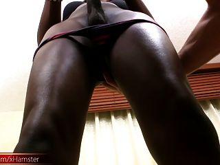 belo feminino preto com burro apertado suga galo branco grande