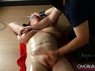 buceta escrava peituda dedos por seu mestre