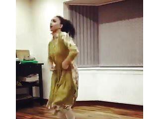 paquistanês uk uni menina dança não nu tradicional não nu