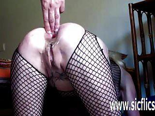 fisting anal e inserções de vibrador gigante
