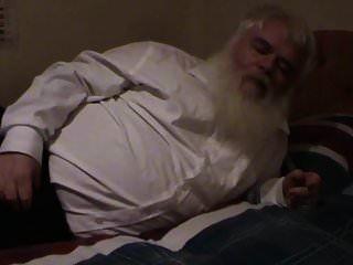 gordo velho masturbando