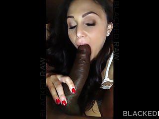 blackedraw esposa morena kinky ama galo negro em seu hotel