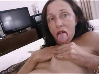 vovó lactante leitoso dildo ass licking rim job