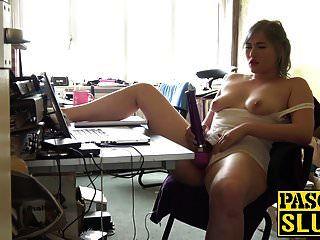 puta loira gordinha misha mayfair brinca com seu brinquedo sexual