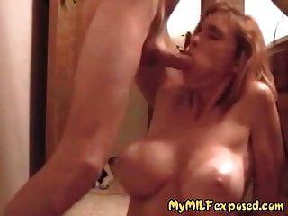 minha esposa super quente exposta milf com grandes mamas e linhas tan
